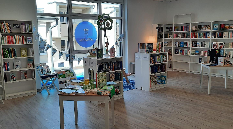 Blick in die Buchhandlung Leuchtturm